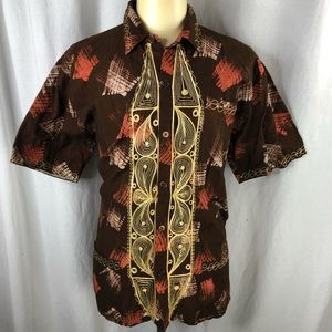 Mens Brown Short Sleeve Shirt w/embroidered design